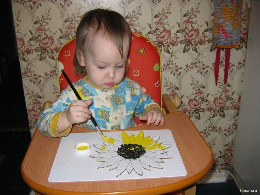 С двухлетним ребенком поделки
