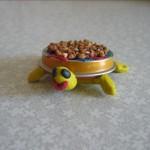 Поделка Черепашка из крышечки от детского питания ипластилина