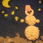 Аппликация из ватных дисков «Снеговик вночи»