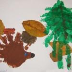 Рисунок-аппликация «Ежик с грибами поделкой»