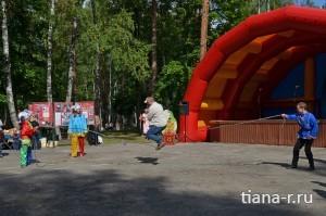 День города Балашиха. 6 сентября 2014. Прыжки через скакалку