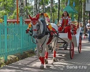 День города Балашиха. 6 сентября 2014. катание на лошадях